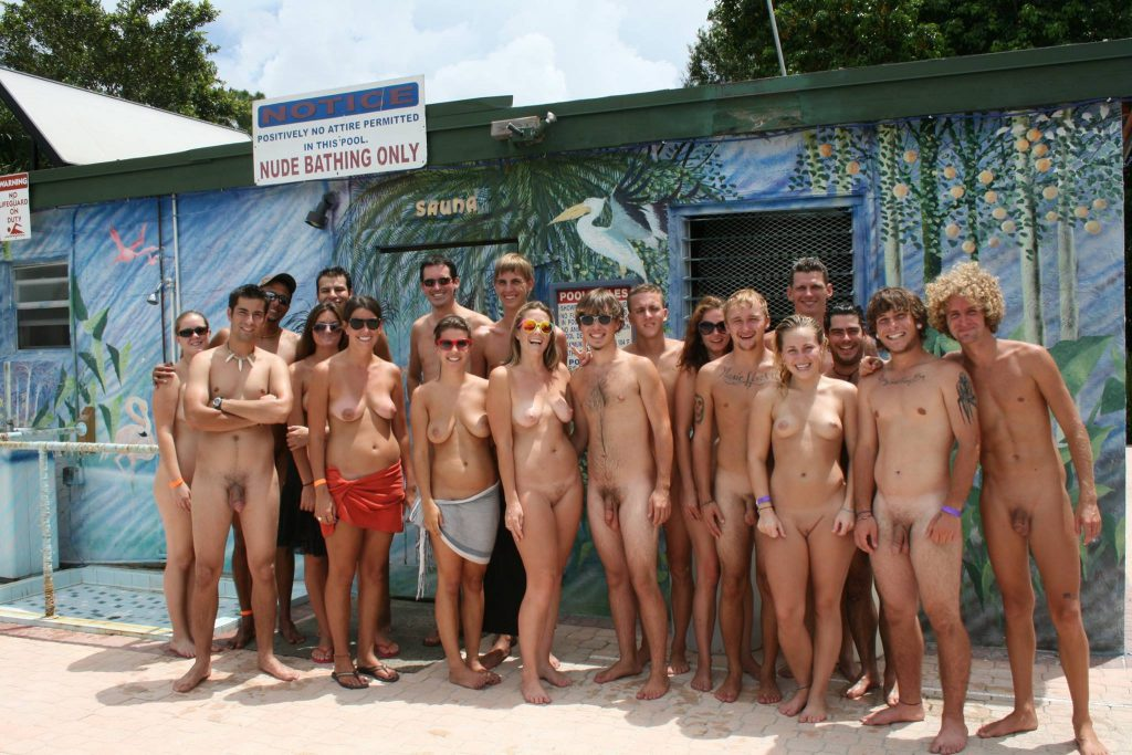 florida-young-naturists-by-fyn-cc-by-sa-3-0-copy