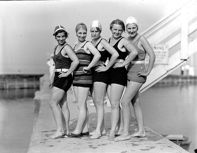 rochester-swimsuits-1920-09
