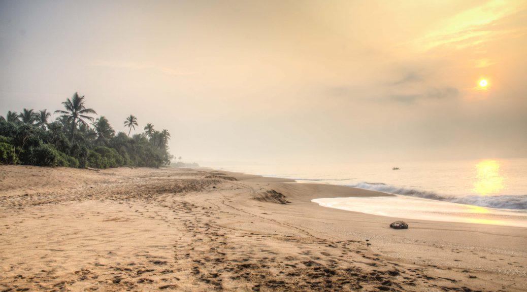Getting Naked in Sri Lanka