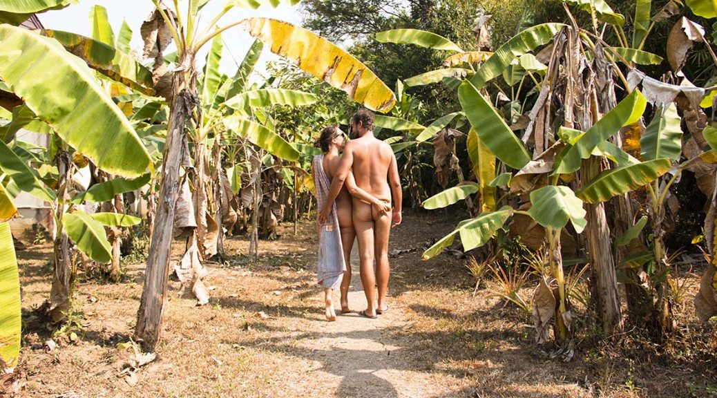 pictures of nudist couples