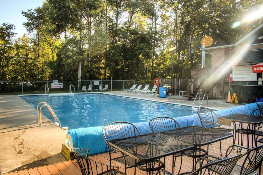 Review of Bare Oaks Family Naturist Park in Toronto, Canada