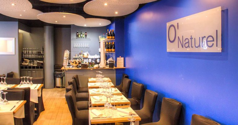O'Naturel: The first naked restaurant in Paris