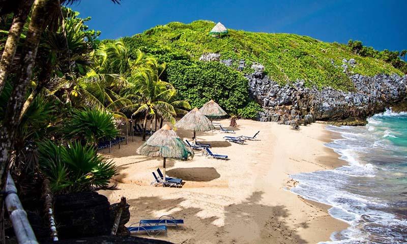 Paya Bay Resort on Roatan island, Honduras