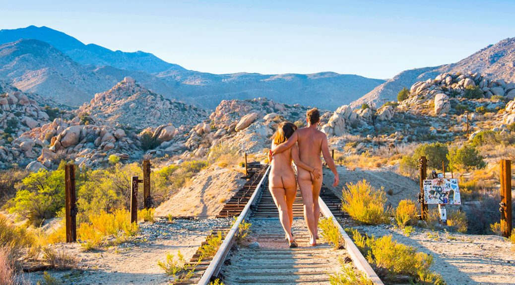 Nick and Lins - Naked Wanderings - A nudist travel blog