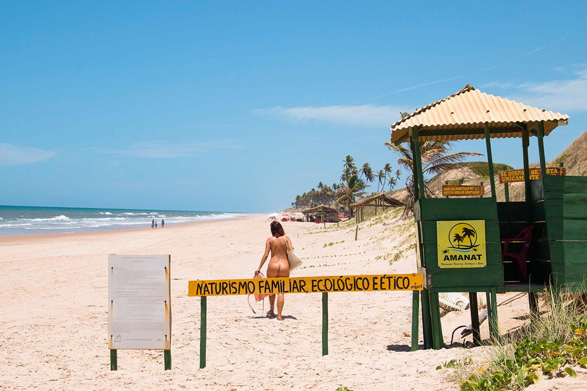 Massarandupio nude beach in Brazil