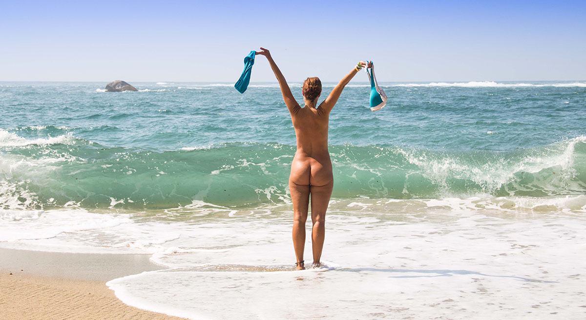 The very best nude beach packing list