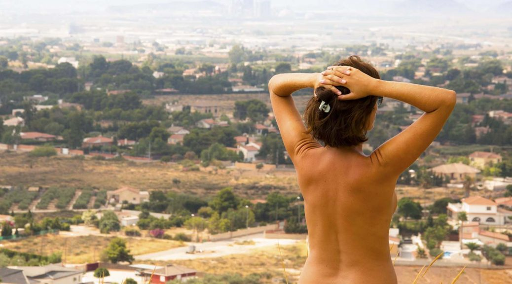 Nude Vacations near Alicante in Spain