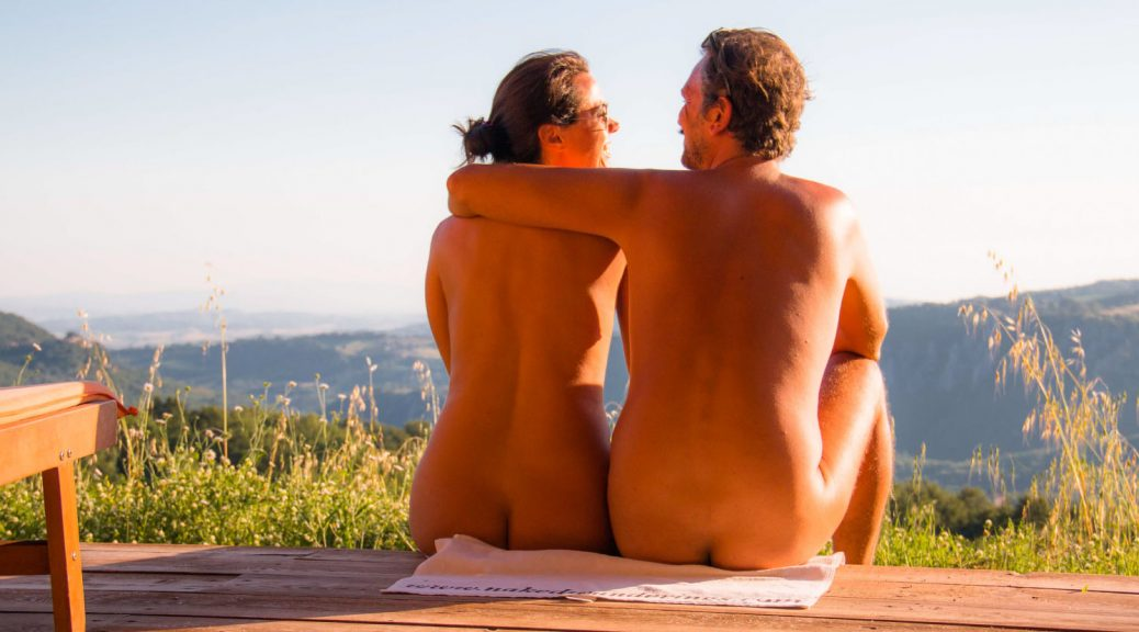 Why You have to try nudism while in your thirties
