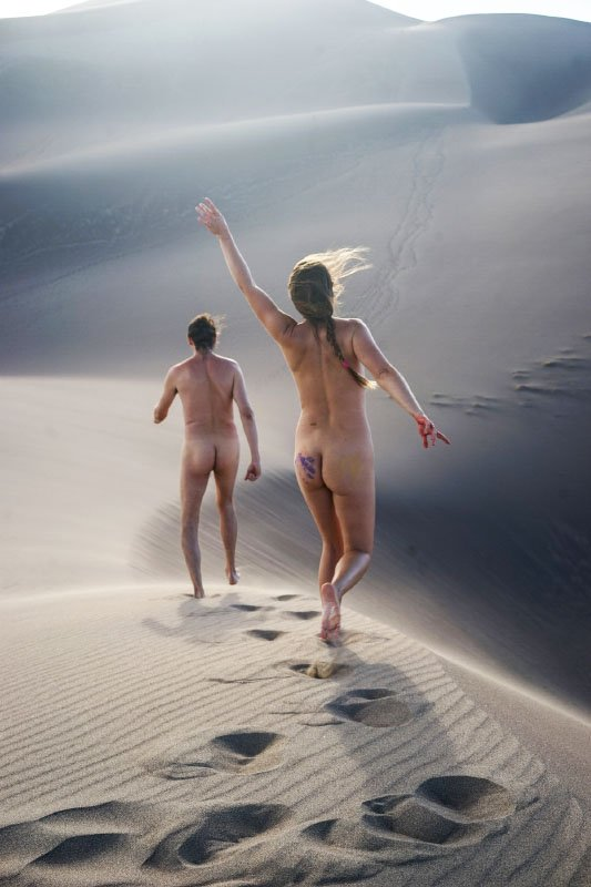 Naturist Talks: Sam and Aleah from the USA - Our Natural Blog
