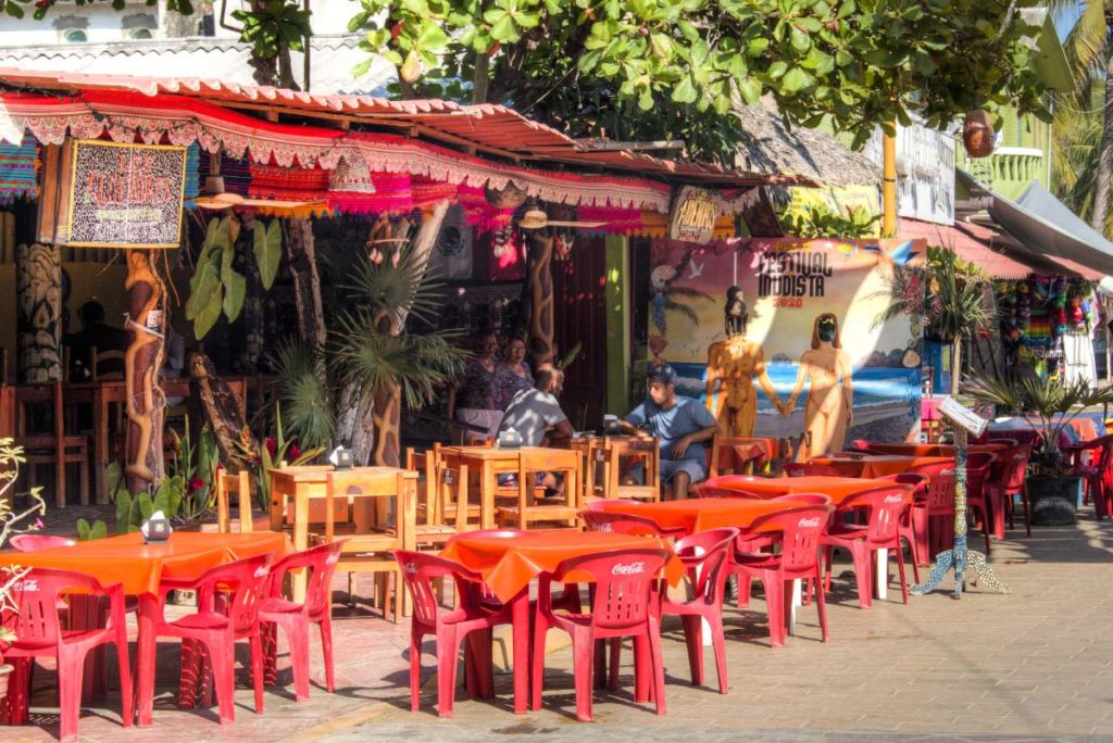 Where to sleep, eat and drink in Zipolite