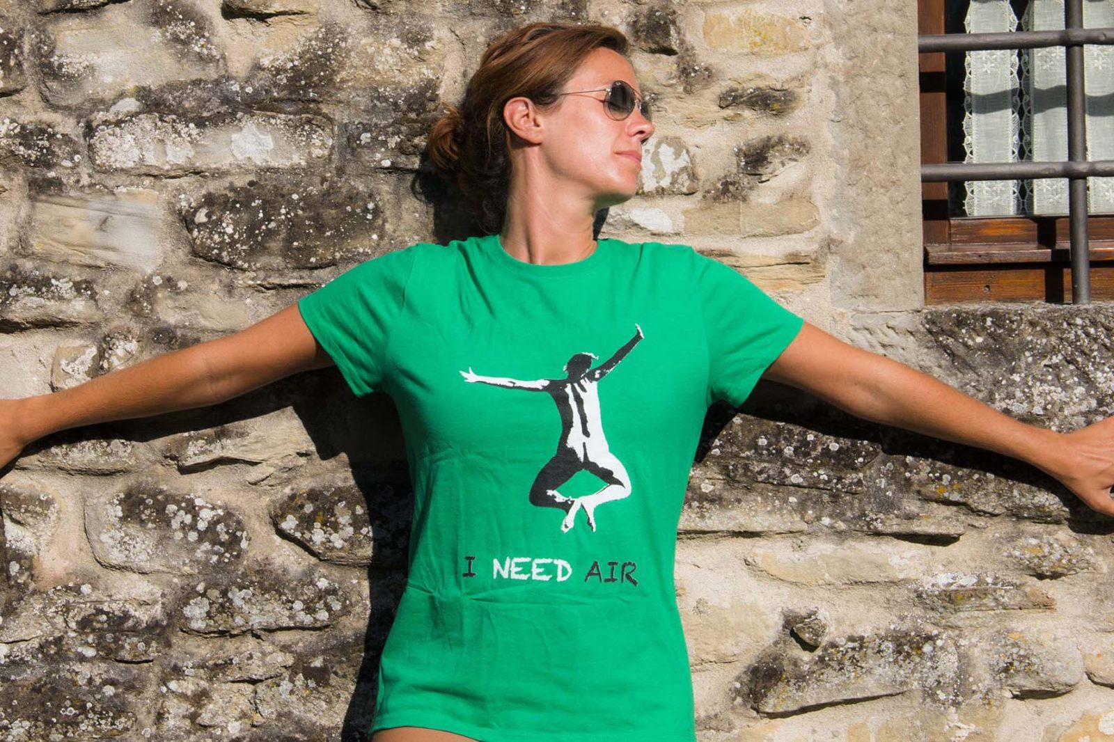 Naked Wanderings I Need Air T-shirts